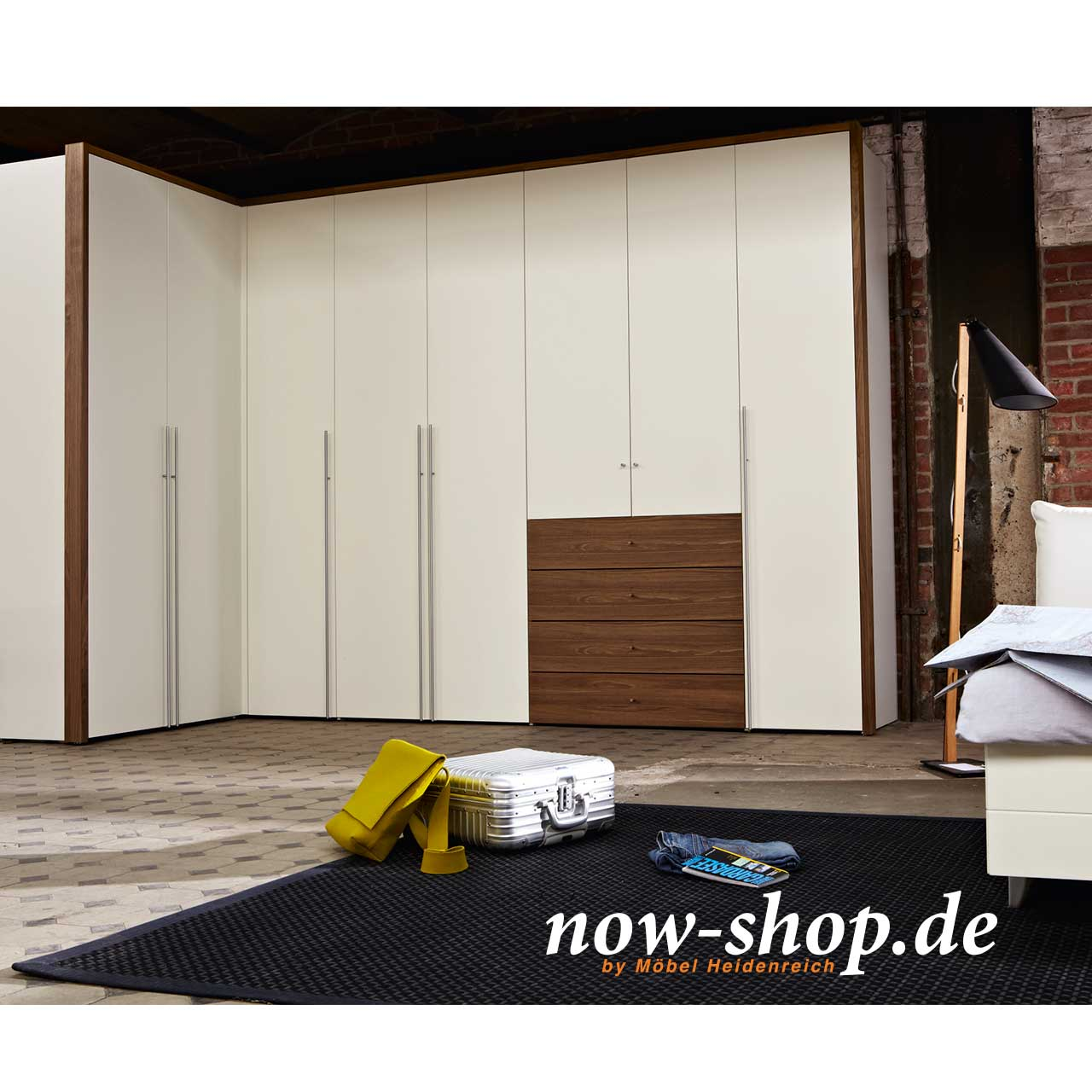 now by h lsta flexx kleiderschrank kleiderschr nke schlafzimmer now shop. Black Bedroom Furniture Sets. Home Design Ideas