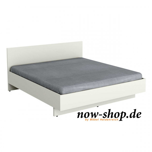 now by h lsta basic bett mit holzkopfteil 3233 betten schlafzimmer now shop. Black Bedroom Furniture Sets. Home Design Ideas